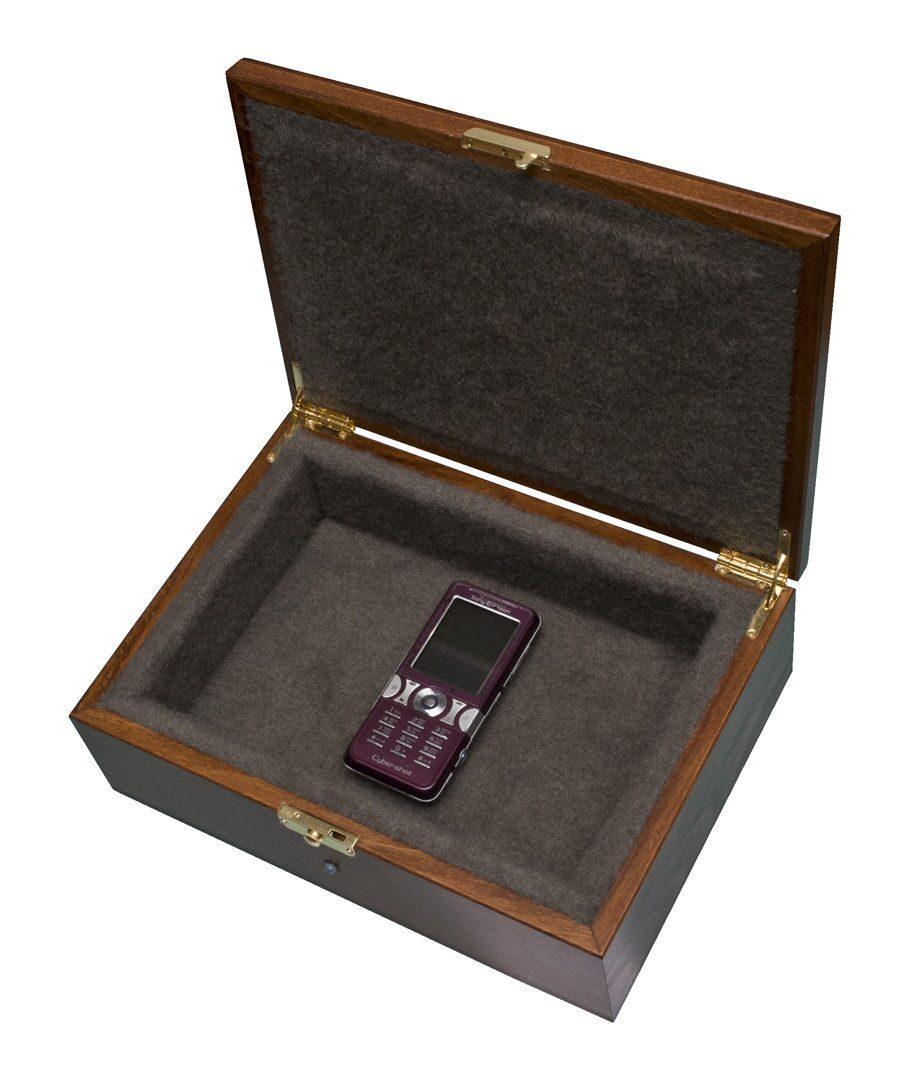 Акустический сейф для мобильных телефонов своими руками